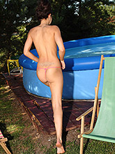 Hot Teen Kiki Fooling Around In Her Outdoor Swimming Pool - Picture 8